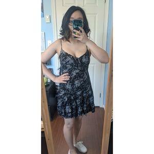 🌼 Garage Front Tie Mini Dress